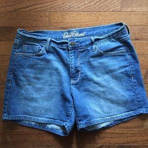 Old Navy Women's Jean Shorts Sz: L